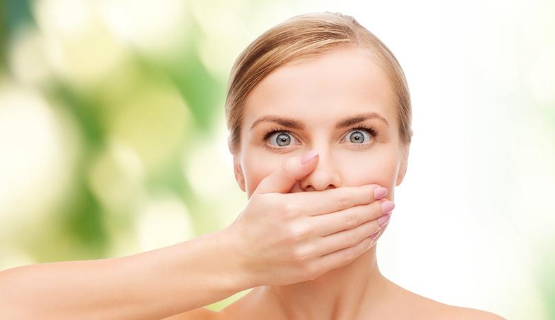 Как избавиться от неприятного запаха изо рта естественным способом за 5 минут