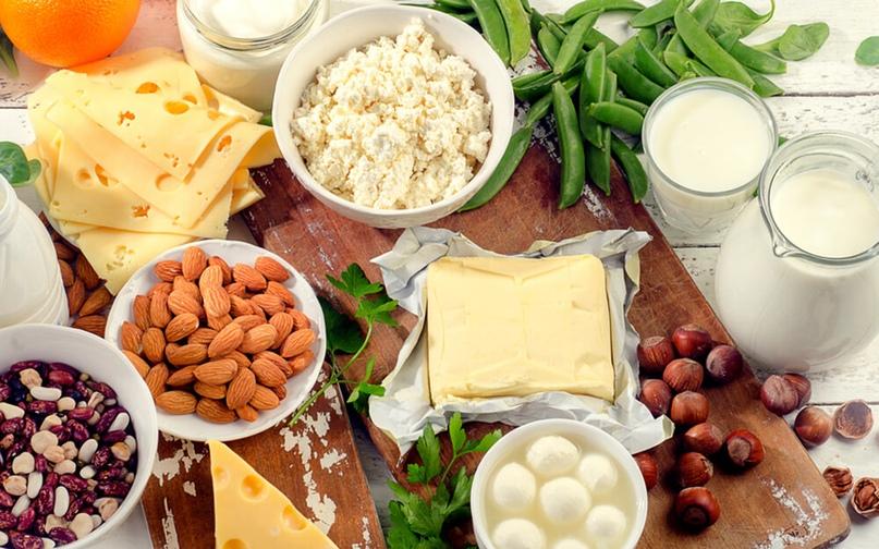 7 продуктов, которые содержат больше кальция, чем молоко
